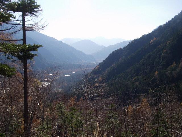 北アルプス-奥穂高岳(上高地~岳沢ヒュッテ~奥穂高岳)H16・11・6~7) 017