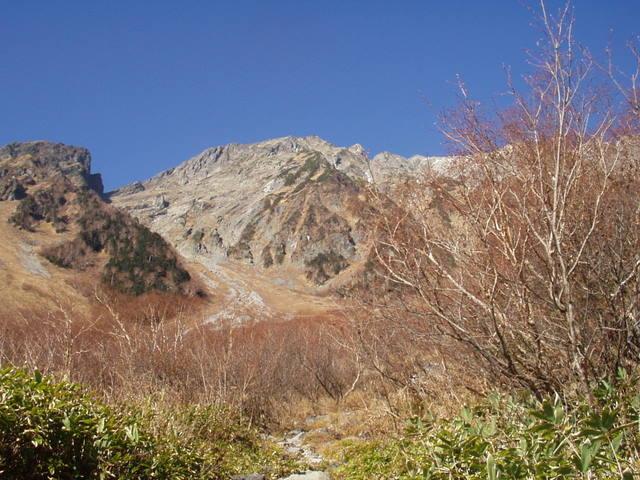 北アルプス-奥穂高岳(上高地~岳沢ヒュッテ~奥穂高岳)H16・11・6~7) 018