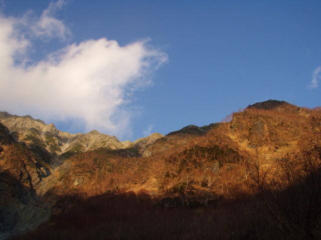 北アルプス-奥穂高岳(上高地~岳沢ヒュッテ~奥穂高岳)H16・11・6~7) 028