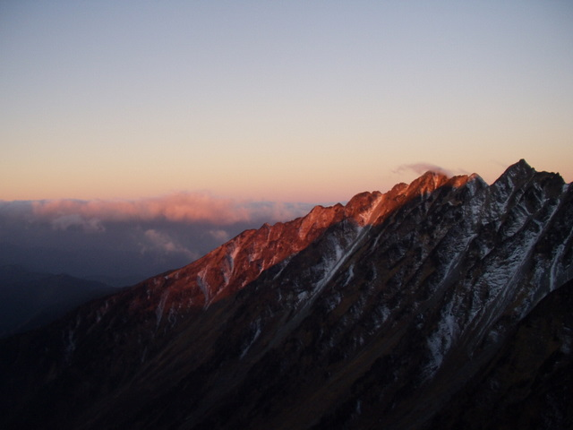 北アルプス-奥穂高岳(上高地~岳沢ヒュッテ~奥穂高岳)H16・11・6~7) 042