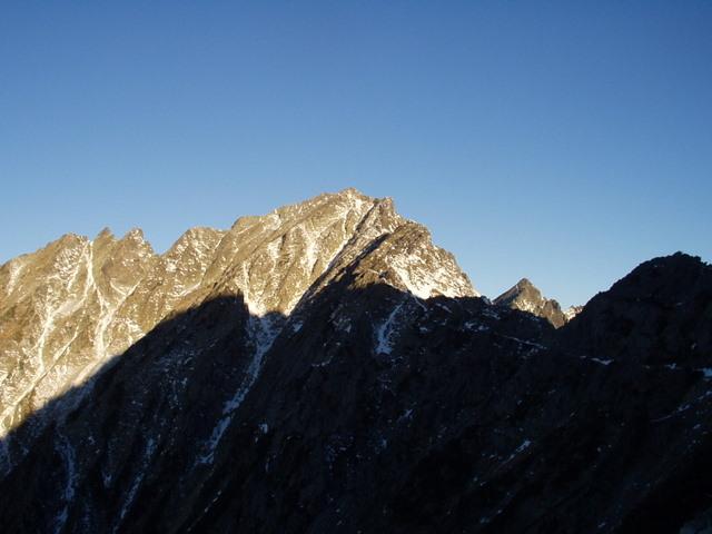 北アルプス-奥穂高岳(上高地~岳沢ヒュッテ~奥穂高岳)H16・11・6~7) 047