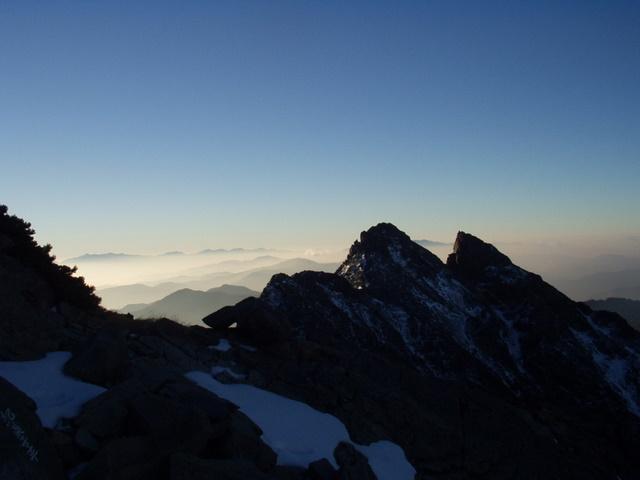 北アルプス-奥穂高岳(上高地~岳沢ヒュッテ~奥穂高岳)H16・11・6~7) 049