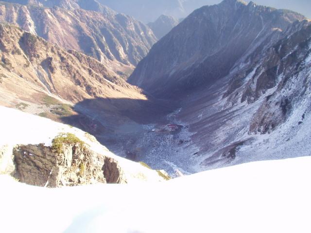 北アルプス-奥穂高岳(上高地~岳沢ヒュッテ~奥穂高岳)H16・11・6~7) 060
