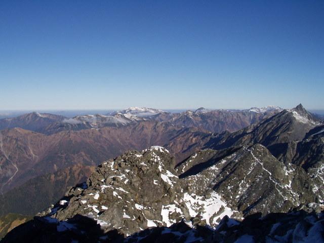 北アルプス-奥穂高岳(上高地~岳沢ヒュッテ~奥穂高岳)H16・11・6~7) 085
