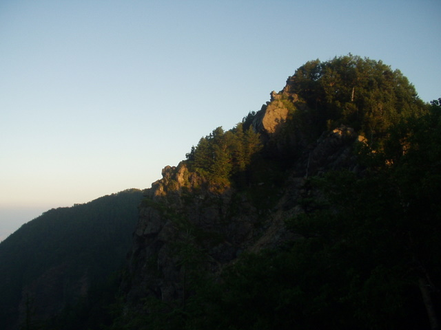 南アルプス-鋸岳縦走(北沢峠~甲斐駒ケ岳~六号石室~第二高点~第一高点~横岳峠~富士川源流~富士見)H17・8・6~7) 051