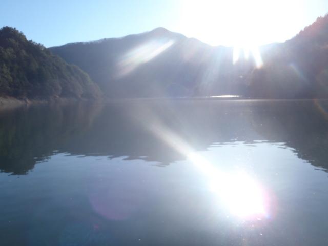 奥多摩ー奥多摩湖~鞘口峠~浅間尾根~払沢の滝H22.12.23 006