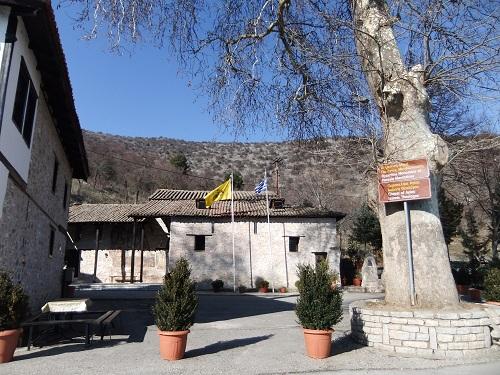 カストリア_マヴリオティッサ修道院 (4)