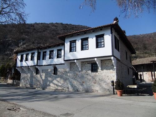 カストリア_マヴリオティッサ修道院 (3)