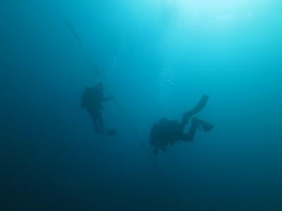 12-16 青い水