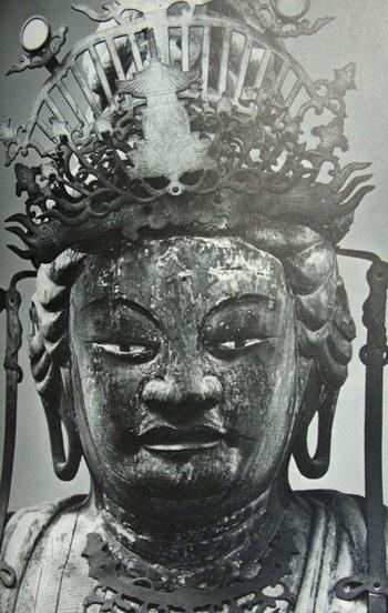 京都・勝光寺聖観音立像