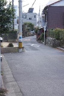 江島道:道が細くなる