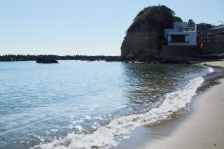 江島道:現在の小動の浜