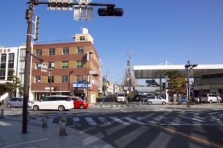 江島道:下馬交差点を江島道側から見る