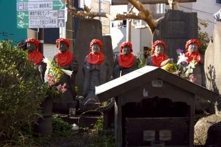 江島道:六地蔵と芭蕉句碑