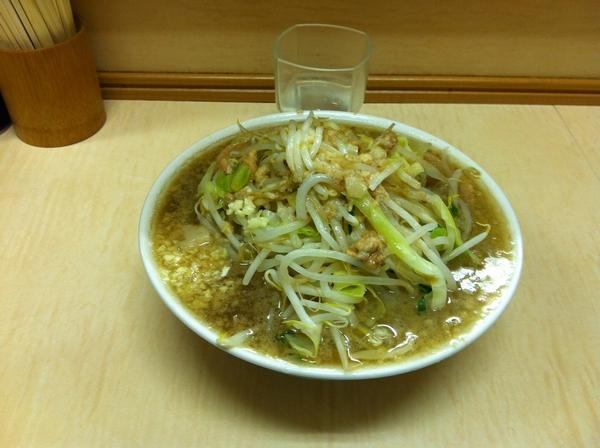 ラーメン二郎 京成大久保店 小ラーメン ニンニクアブラカラメ