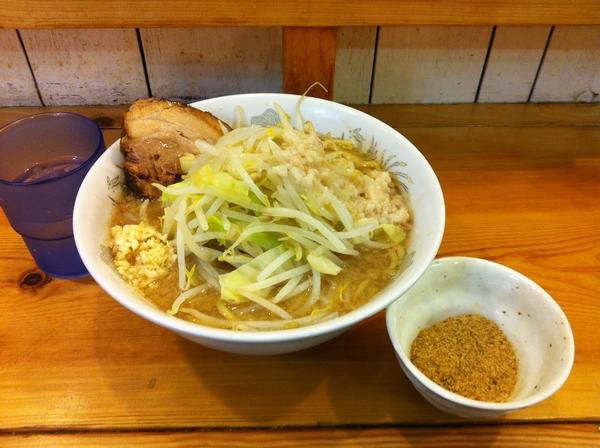 らーめん影武者 らーめん ニンニクアブラマシ+魚粉