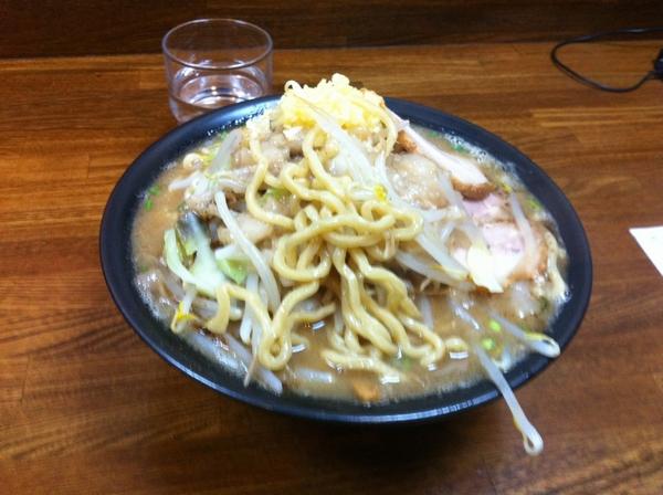 らー麺たまや ジャンク盛り大盛り(こってり アブラニンニク増し) 麺の具合