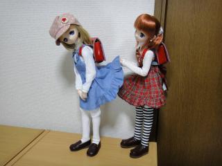 スカート捲り201202-01