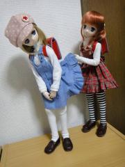 スカート捲り201202-03