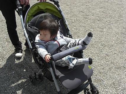 弘前公園さくらまつり 息子くん-2