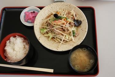 肉入り野菜炒め定食