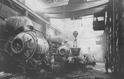 直利橋製錬所のベッセマー転炉写真