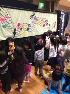 120309人形劇03