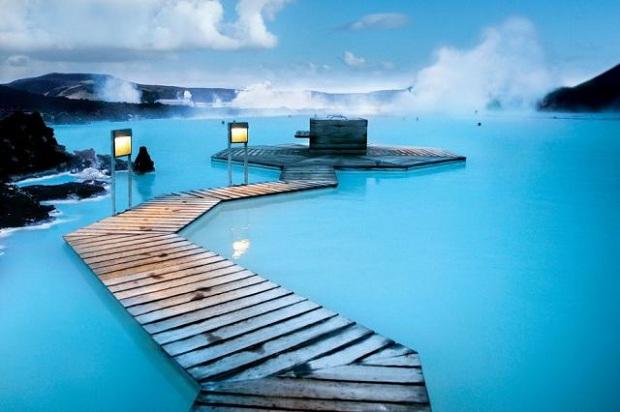 Blue-Lagoon-Spa-in-Iceland-1.jpg