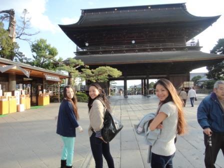 女3人ぶらり旅