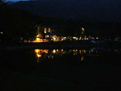 夜の駒が池