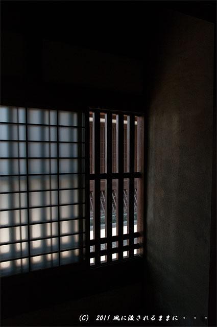 奈良・今井町 窓からの景色
