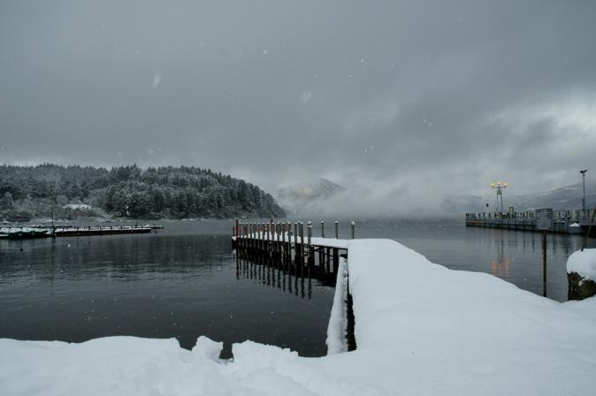 DSC00188雪の芦ノ湖