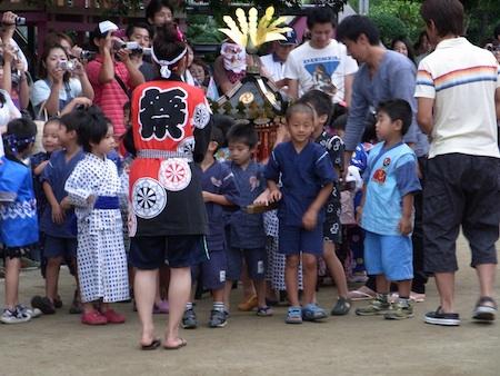 幼稚園お祭り110820 3
