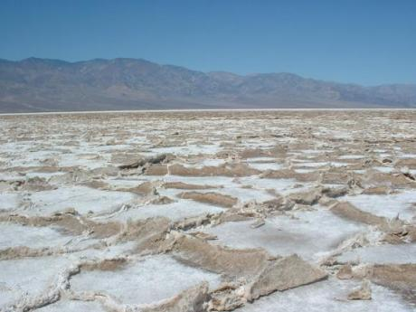Badwater_Death_Valley.jpg