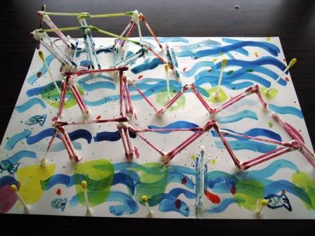 綿棒で橋を作った
