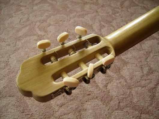 完成菊ギター第16号ヘッドウライメージ1