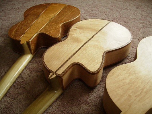 完成菊ギター第16号14号15号とウラ並び逆様