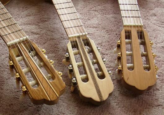 完成菊ギター第16号14号15号とヘッド並び逆様