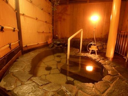 美肌効果が上がる正しい温泉入浴