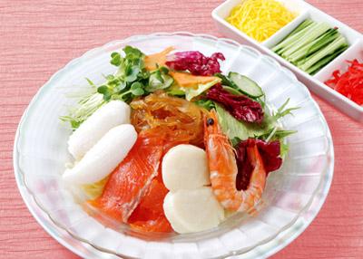 海鮮サラダ冷麺