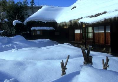 冬の里 (400x278)