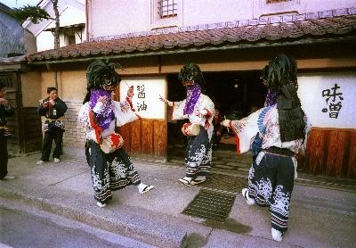 獅子舞(下柴) (400x278)