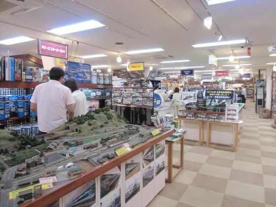 大阪の某クスにて24