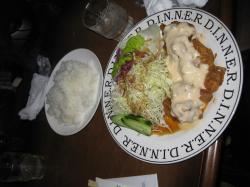 昼食のチキン南蛮定食