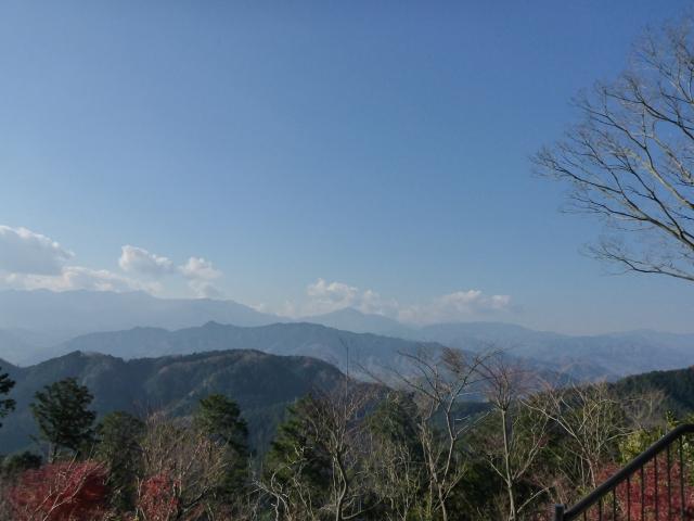 8山頂景色富士山見えず