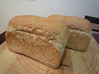 マルチシリアル山型食パン100402-1
