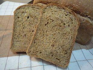 マルチシリアル山型食パン100402-2