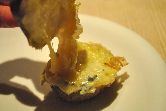 チーズがのびる