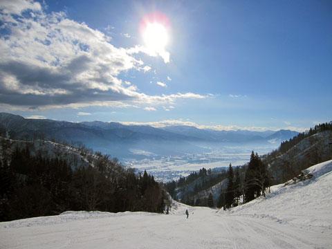戸狩温泉スキー場全景