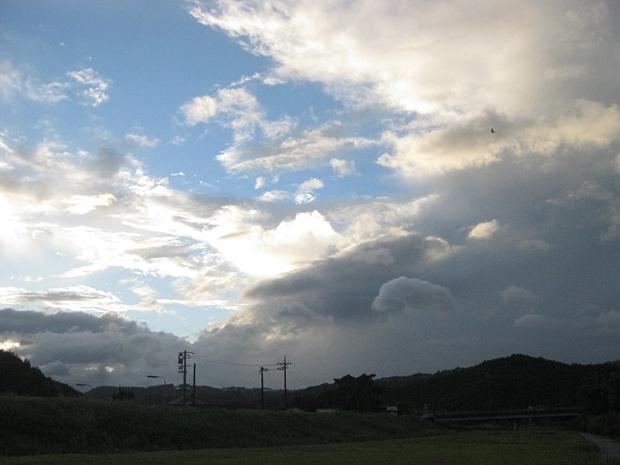 黒い雲が!